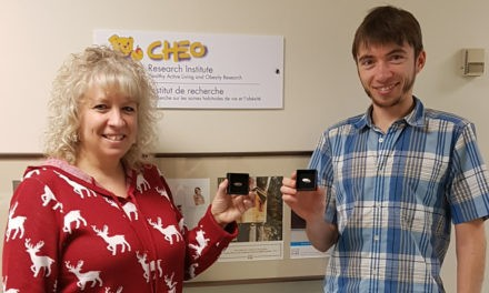 HALOites Receive 5-Year Pins from the CHEO Research Institute